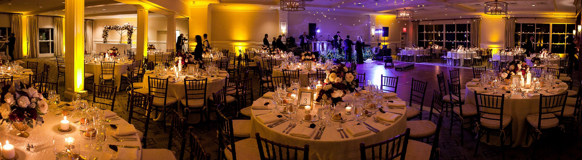 paramount country club wedding room shot decor flowers