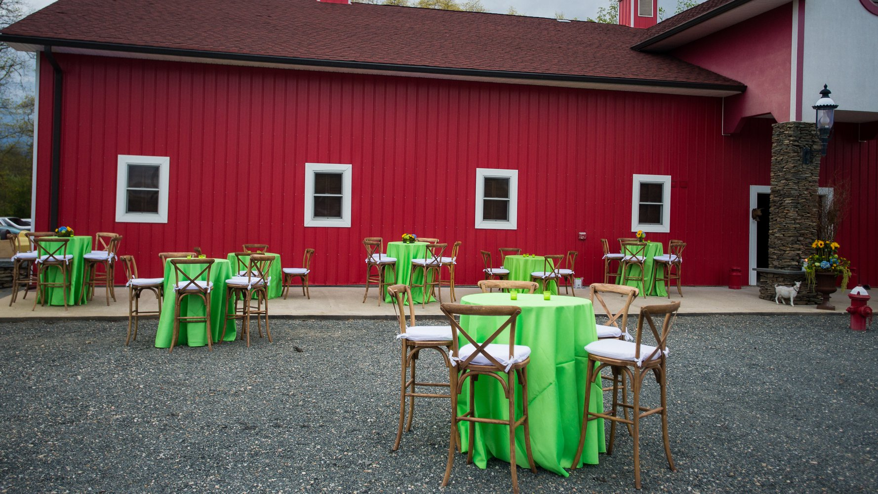 Campo Grande Acres NJ venue entry gate barn cocktail hour setup